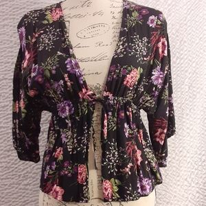 Fashion Nova short kimono / cover